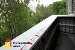 06-Остекление-балкона-с-выносом-по-подоконнику-ул-Замшина