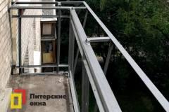 08-Остекление-углового-балкона-с-выносом-перил-пр-Науки