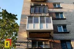 15-Остекление-балкона-с-выносом-по-плите-ул-Лени-Голикова