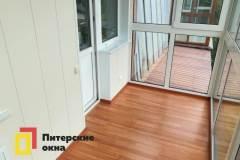 02-Остекление-балкона-в-пол-с-крышей-ул-Рябиновая