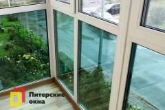 08-Панорамное-остекление-балкона-в-пол-в-Пушкине