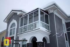 17-Остекление-балкона-в-пол-с-крышей-пос-Солнечное