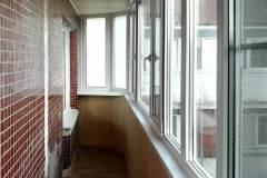 01-Остекление-шестиметрового-балкона-в-137-серии