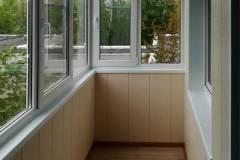 08-Остекление-балкона-в-504-серии