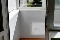16-Остекление-балкона-в-хрущевке-504-серии